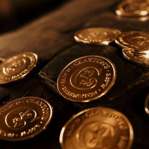Collect coins from Claxton's - Fadandel.dk